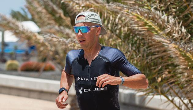 Der Freiburger Triathlet Andreas Böcherer gewann den Ironman Lanzarote 2021. Fotos: EFE