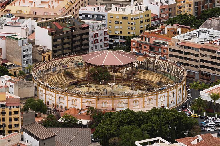 Das 128 Jahre alte Bauwerk mitten in Santa Cruz verfällt zusehends. Gegenwärtig liegen dem Cabildo verschiedene Pläne für eine neue Nutzung und den Umbau vor. Foto: efe