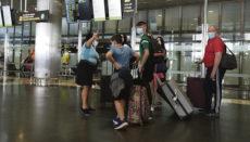 Urlauber aus Großbritannien am 19. Juli auf dem Flughafen von Gran Canaria Foto: EFE