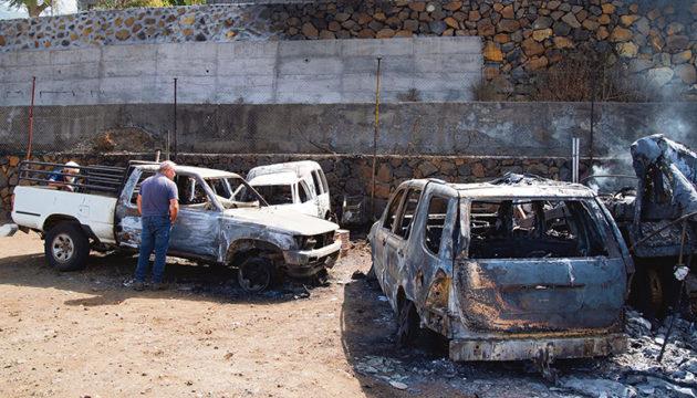 Die Flammen sprangen von Grundstück zu Grundstück über, mehr als 30 Wohnhäuser wurden zerstört. Foto: EFE