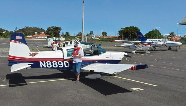 Die Piloten flogen mit ihren kleinen Flugzeugen im Sichtflug nach Teneriffa und landeten in Los Rodeos.
