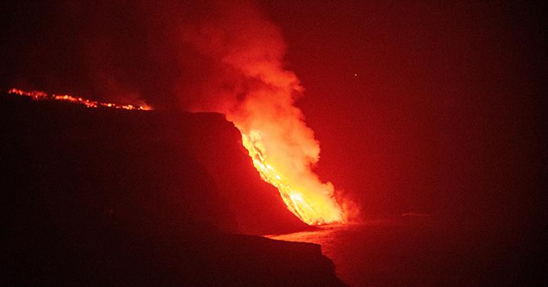 Die Lava hat das Meer erreicht EFE