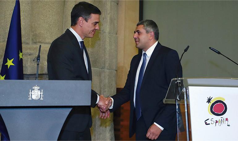 Pedro Sánchez mit dem Generalsekretär der UNWTO, Surab Pololikaschwili, im Jahr 2019 Foto: EFE