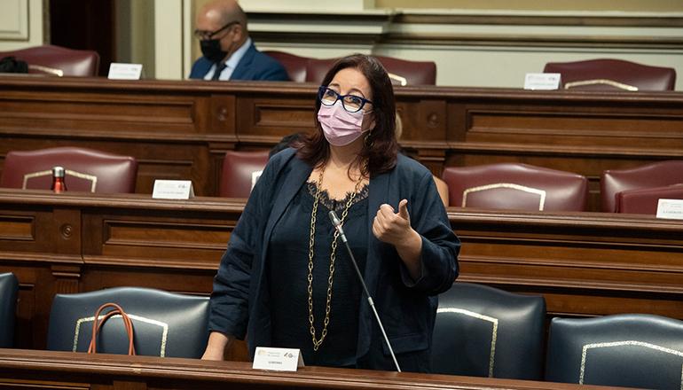 Die kanarische Bildungsministerin Manuela Armas teilte mit, dass die Frist für die Beantragung von Stipendien wegen der Vulkankatastrophe auf La Palma verlängert wird. Foto: GobCan