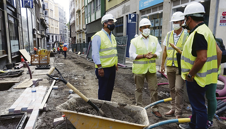 Bürgermeister Bermúdez besuchte die Baustelle. Foto: Ayuntamiento de santa cruz de tenerife