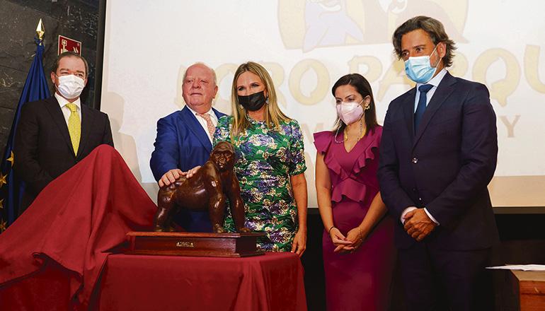 V.l.n.r.: Christoph und Wolfgang Kiessling, Dr. Robin Ganzert, Yaiza Castilla (kanarische Tourismusministerin) und Gustavo Matos (Präsident des regionalen Parlaments) Foto:EFE